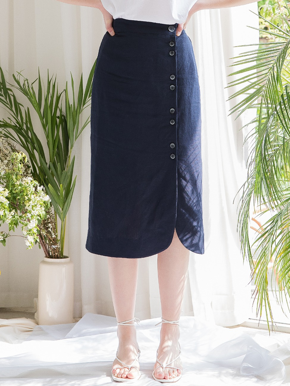 Tulip Linen Wrap Skirt Navy